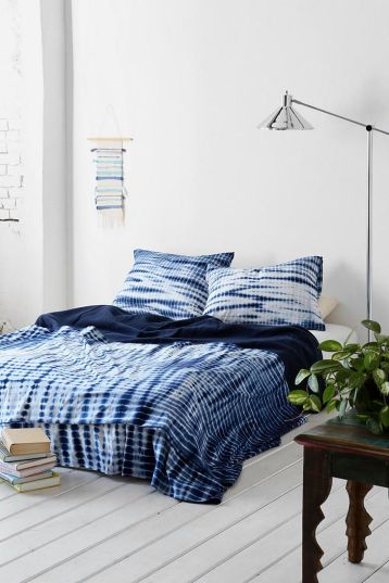 credit: http://www.urbanoutfitters.com/urban/catalog/productdetail.jsp?id=30840524&parentid=A_OCEAN