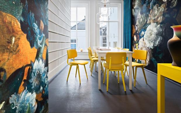 Credits: Library at Hôtel Droog Photographer: Thijs Wolzak www.droog.com
