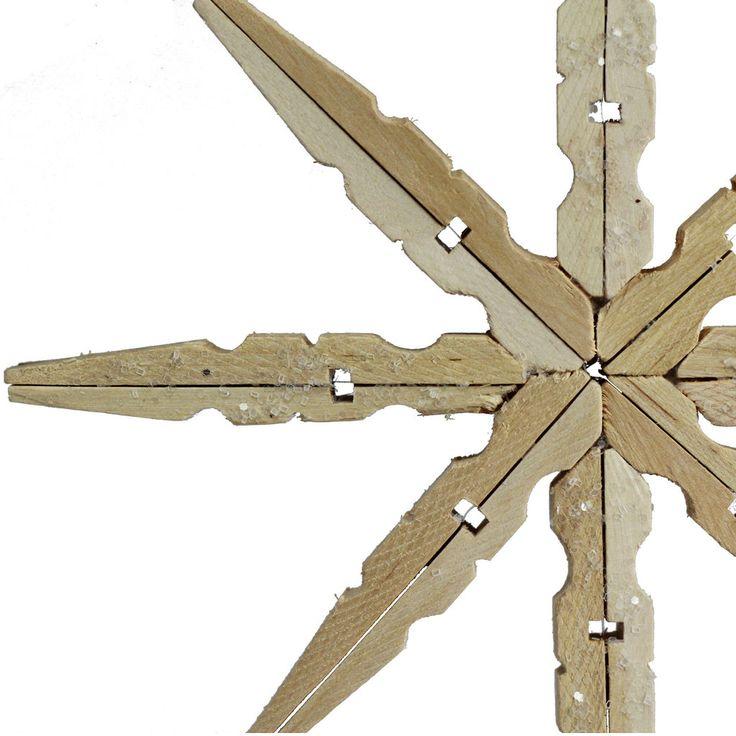 Decorazioni natalizie fai da te i fiocchi di neve con le mollette di legno blog arredamento - Decorazioni natalizie in legno fai da te ...