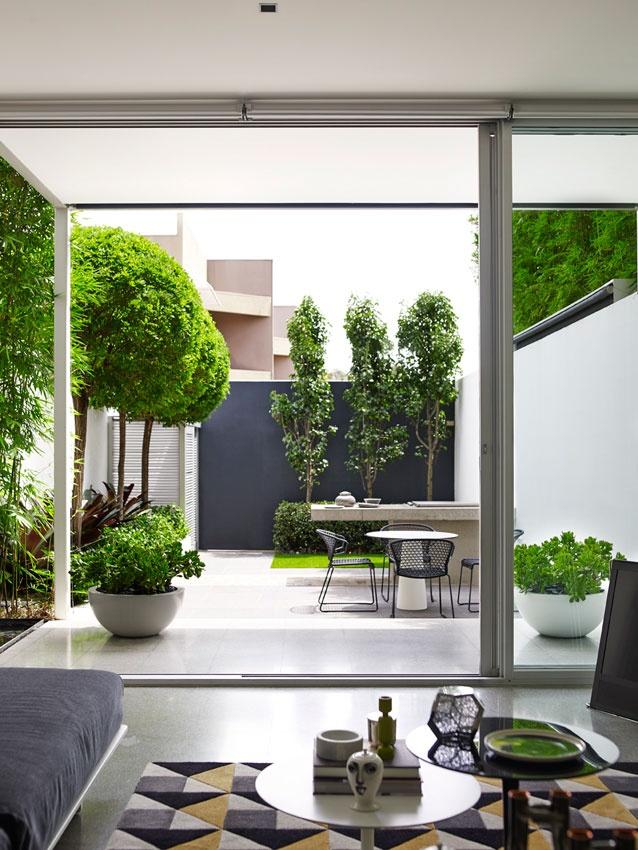 thumbs_82673-13-annandale-house-jesse-dorris-770x0_q95
