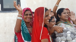 Produttrici di tappeti, India