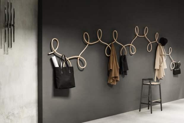 La stanza vuota interior design blog uno spazio da - Appendiabiti design a muro ...