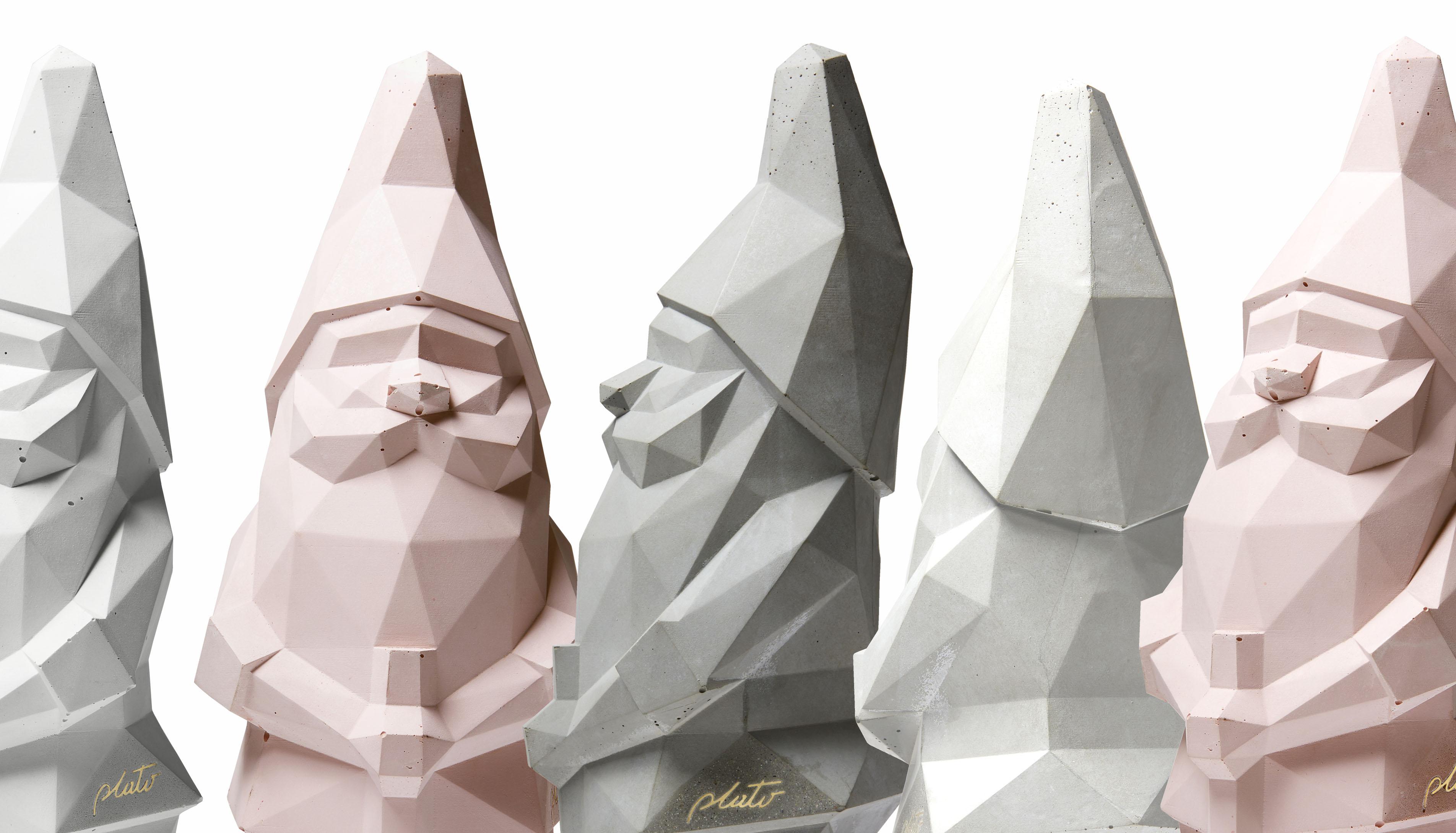 Plato Design_sculture in cemento che reinterpretano icone classiche della nsotra infanzia